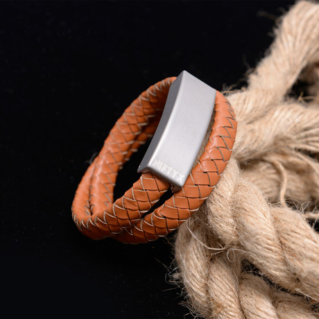 NIFTYX Awesome Bracelet // Chestnut Tan // Double Wrap