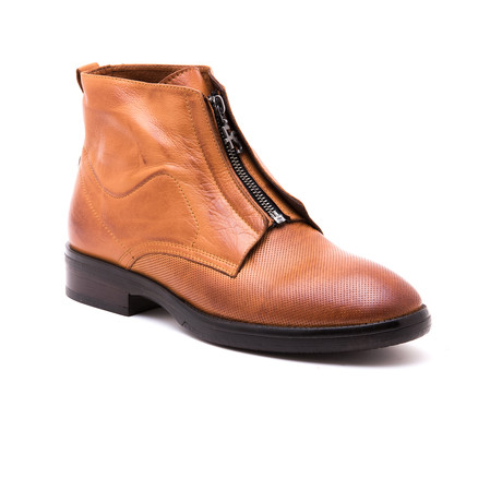 Faruk Pole Boot // Light Brown (Euro: 39)