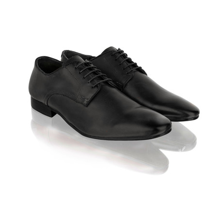 Plain Toe Lace-Up Derby // Black