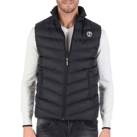 Slice Outback Vest // Black (L)