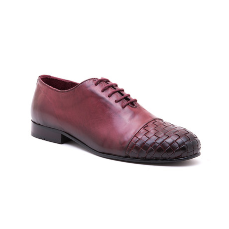 Woven-Toe Oxford // Brown (Euro: 39)