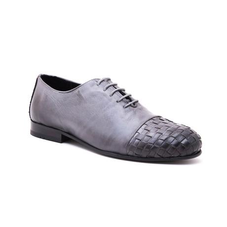 Woven-Toe Oxford // Grey (Euro: 39)