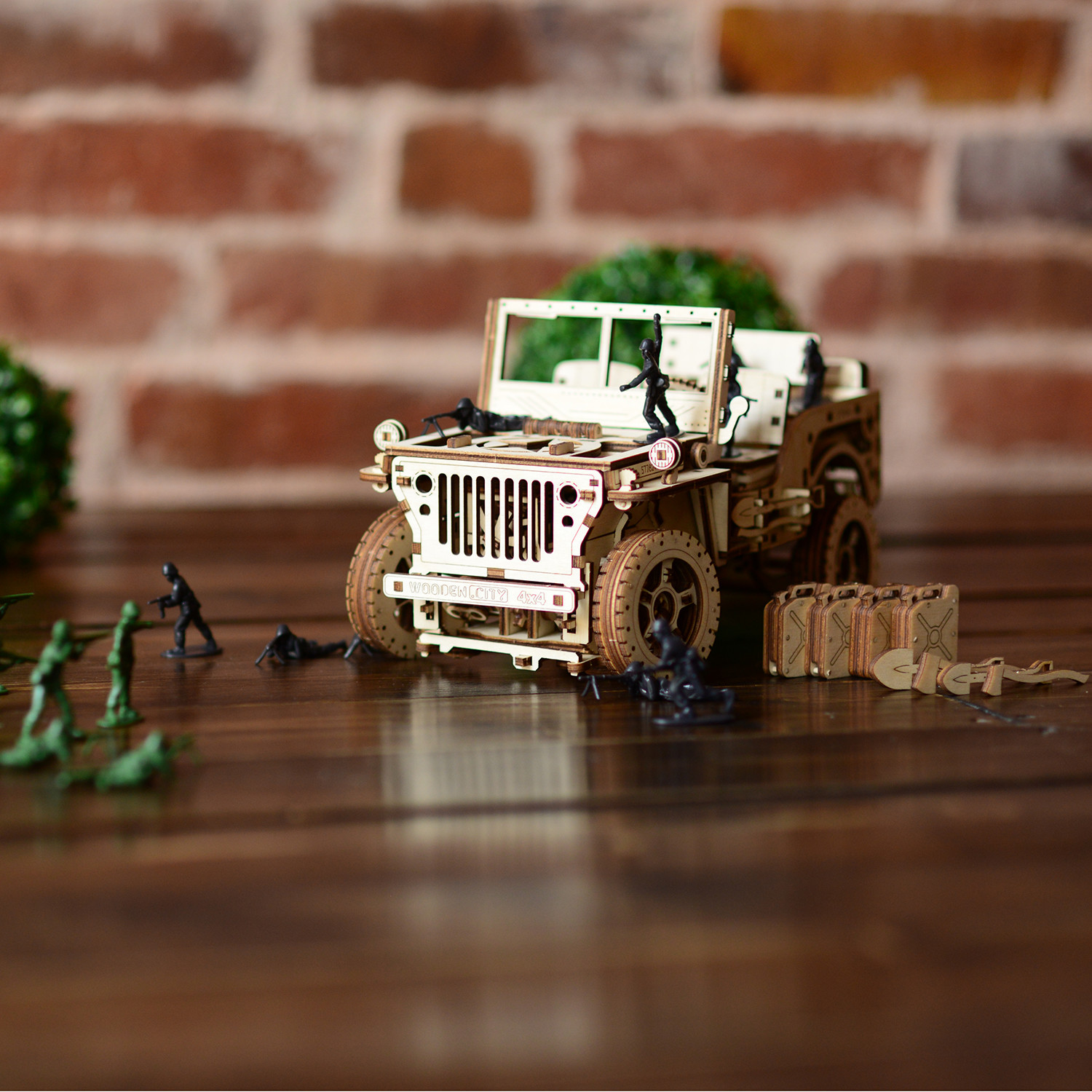 Jeep 4x4 - WOODEN CITY - Touch of Modern