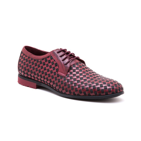Woven Derby // Red (Euro: 39)