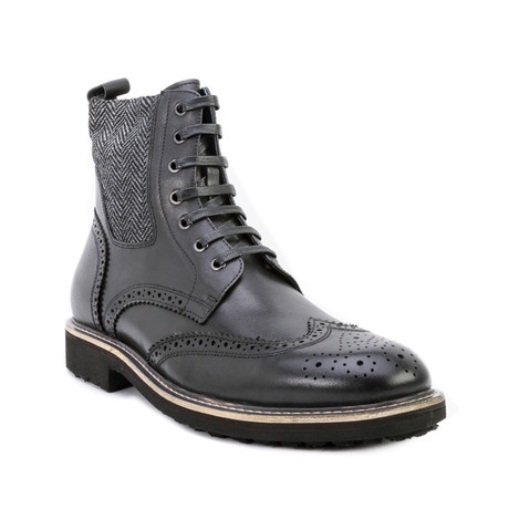 Farber Wing-Tip Lace Boot // Black (US: 8)