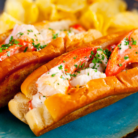 Fresh Maine Lobster Roll Kit // 12 Pack (November 22 Delivery)