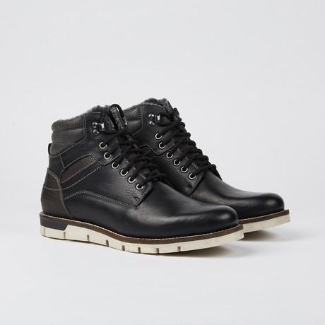 Brooks Boot // Black (US: 7)