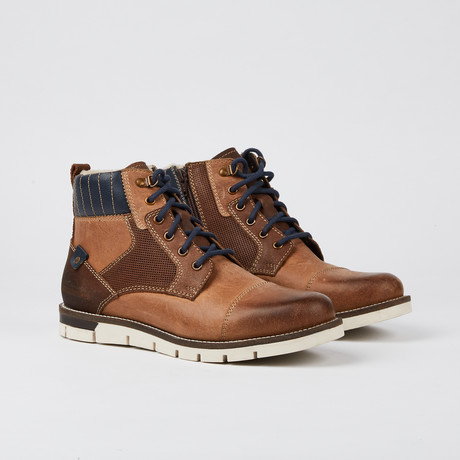 Hayes Boot // Luggage (US: 7)