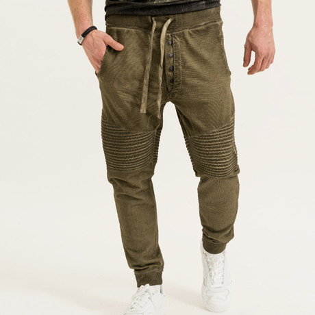 William Jogger // Olive (L)