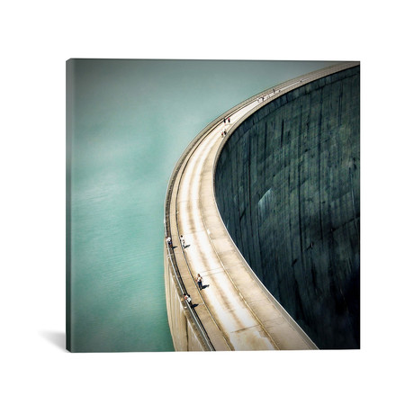 The Dam... // Anna Cseresnjes