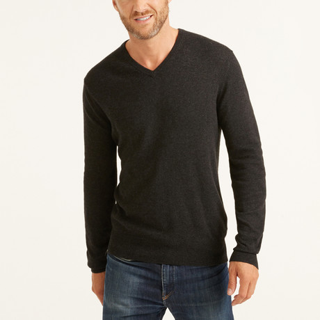 V-Neck Pullover // Charcoal (S)