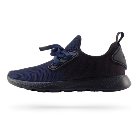 Waldo Runner // Paddington Blue + Really Black (US: 7)