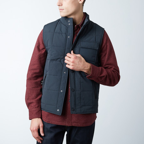 Sid Quilted Nylon Vest // Black (M)