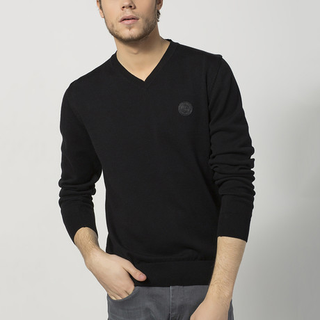 V-Neck Sweater // Black (S)