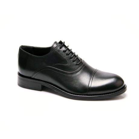 Classic Cap-Toe Oxford // Black