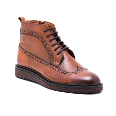 Wing-Tip Lace Up Boots // Tobacco (Euro: 39)
