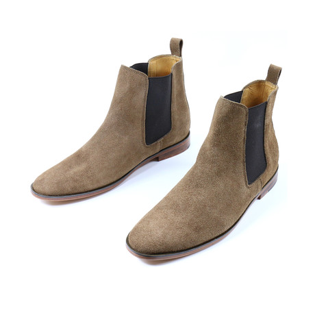 Tierra Chelsea Boots // Brown (US: 7)