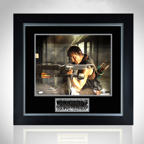 Walking Dead // Hand-Signed Daryl Dixon Photo // Custom Frame 4