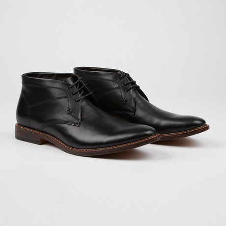 Pedro Shoe // Black (US: 8)