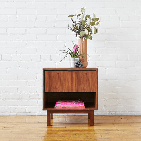 Belmont End Table (Walnut)