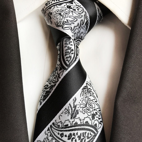 Rivers Tie // Black
