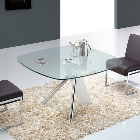 URBAN // Dining Table