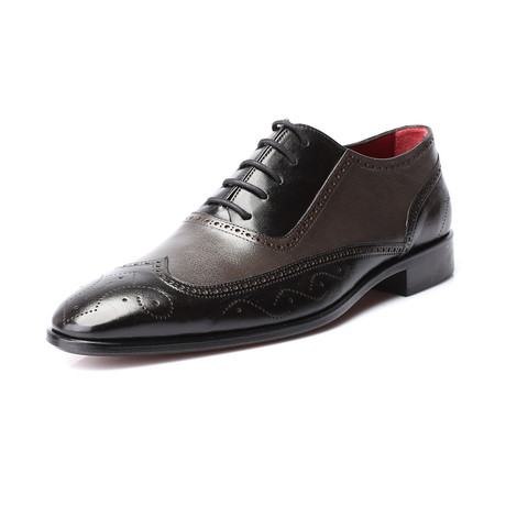 Colorblocked Intricate Perforated Wingtip Oxford // Black + Grey (Euro: 39)