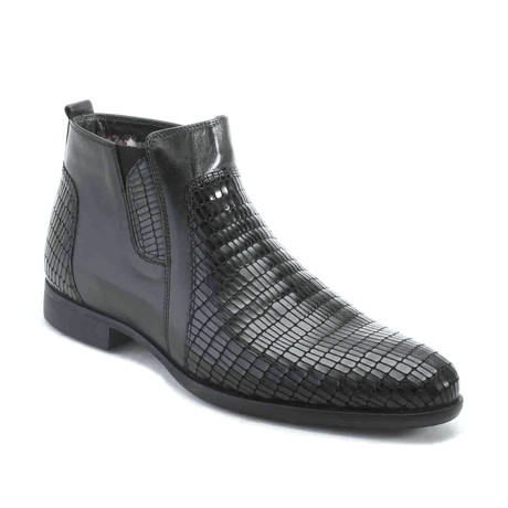 Adomas Dress Shoes // Black (Euro: 39)
