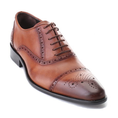 Adones Derby // Tobacco Antique (Euro: 39)
