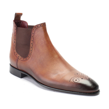 Medallion Toe Chelsea Boot // Walnut (Euro: 39)