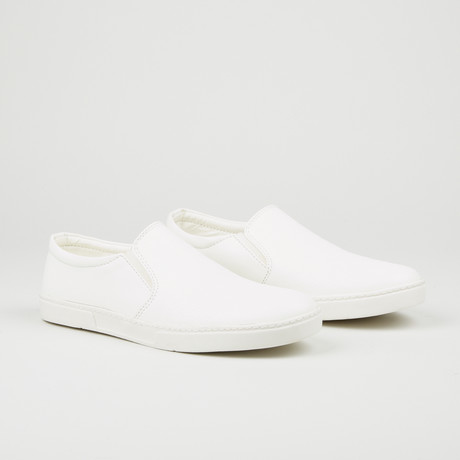 Alligator Texture Slip-On // White (Euro: 40)