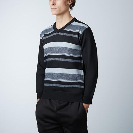 V-Neck Sweater // Black (S)