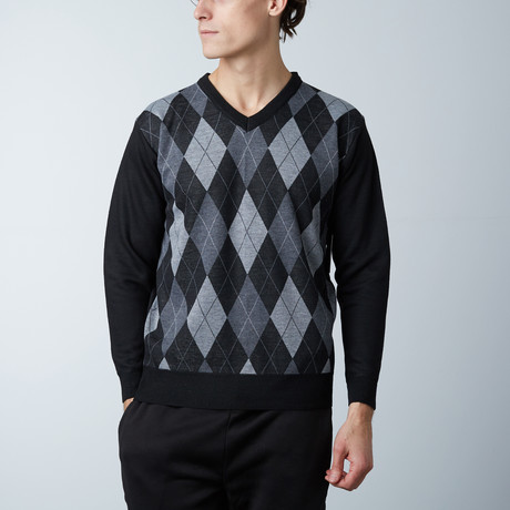 V-Neck Diamond Sweater // Black (S)