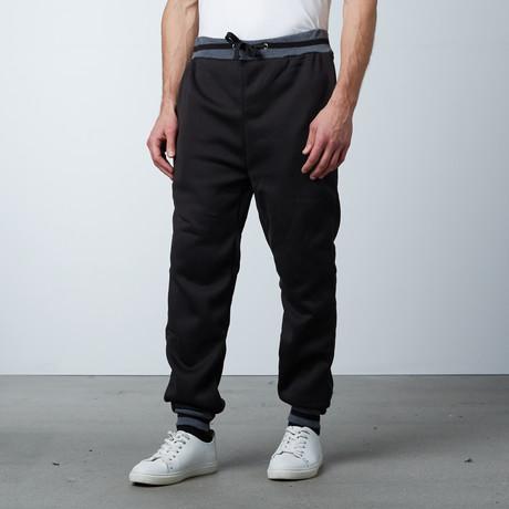 Fleece Jogger Varsity Pant // Black (S)
