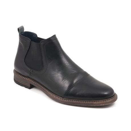 Hyde Chelsea Boot // Black