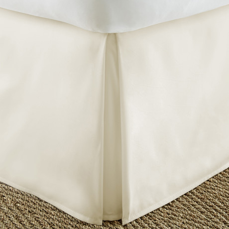 Hotel Collection // Premium Bed Skirt Dust Ruffle // Cream (Twin)