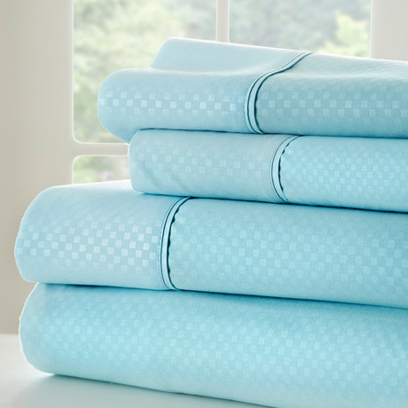 Hotel Collection // Luxury Soft Checkered 4 Piece Bed Sheet Set // Aqua (Twin)