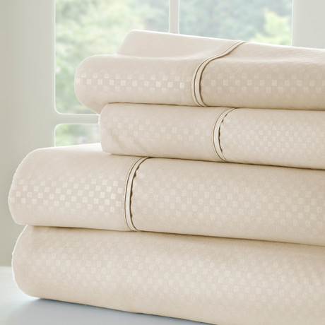 Hotel Collection // Luxury Soft Checkered 4 Piece Bed Sheet Set // Cream (Twin)