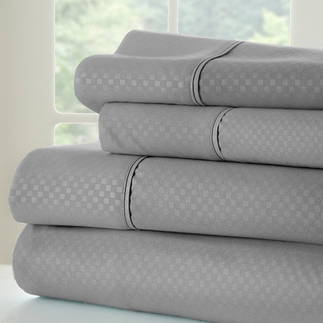 Hotel Collection // Luxury Soft Checkered 4 Piece Bed Sheet Set // Gray (Twin)