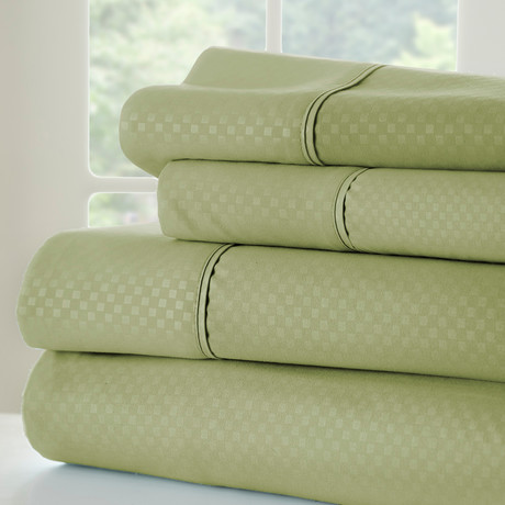 Hotel Collection // Luxury Soft Checkered 4 Piece Bed Sheet Set // Sage (Full)
