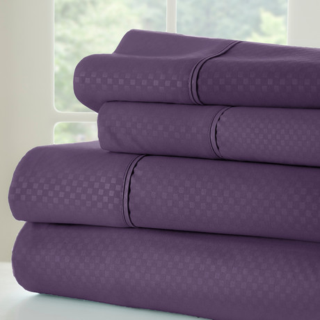 Hotel Collection // Luxury Soft Checkered 4 Piece Bed Sheet Set // Purple (Full)