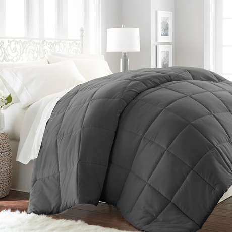 Hotel Collection // Premium Ultra Plush Down Alternative Comforter // Gray (Full/Queen)