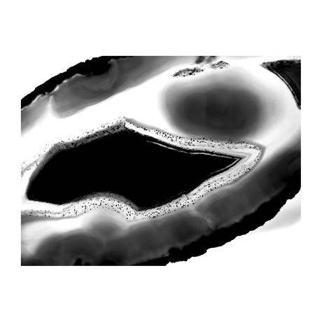 """A Minds Eye Black & White (24""""W x 3.8""""H x 30""""D)"""