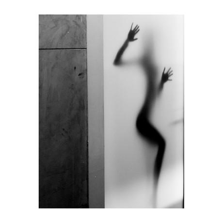 "The Silhouette (24""W x 3.8""H x 30""D)"
