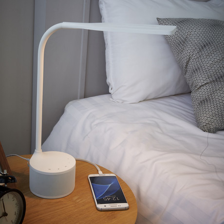 EYES1 // LED Lamp + Bluetooth Speaker
