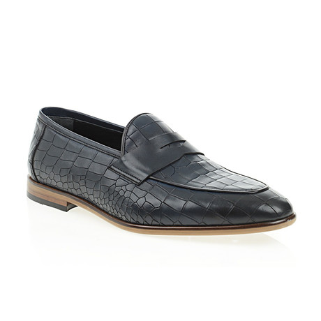 Pointed Crocodile Embossed Penny Loafer // Navy Blue (Euro: 40)