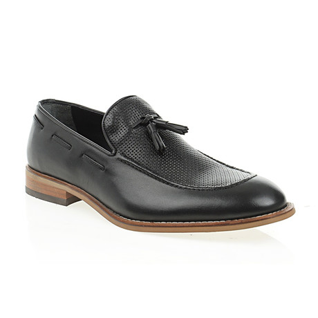 Perforated Tassel Loafer // Black (Euro: 40)