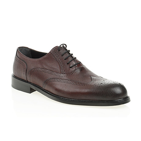 Fully Embossed Oxford // Claret Red (Euro: 40)