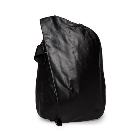 Isar Medium Rucksack // Suede Memory // Black