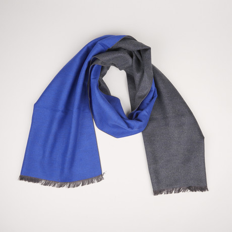 Lotus Double Scarf // Dark Gray + Ultra Blue 937